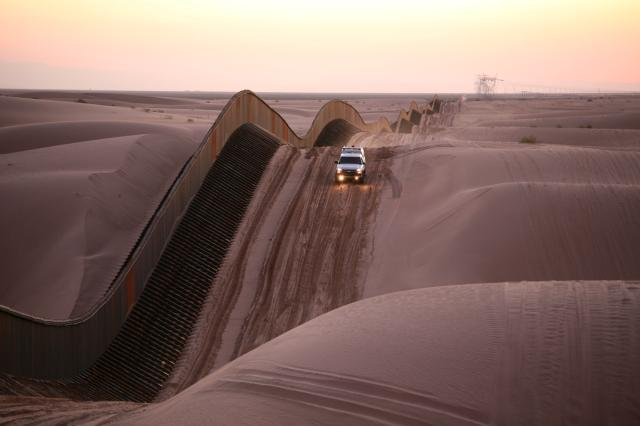 Border Fence - Imperial Sand Dunes